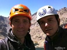 Amigos y escaladores, disfrutando de un día excelente!